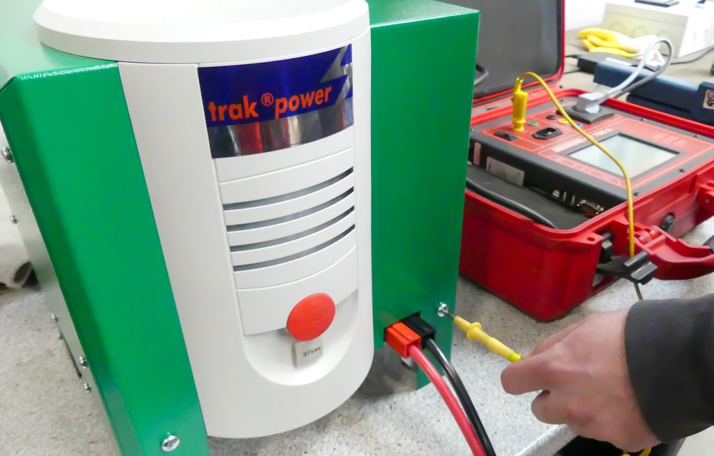Batterieservice_Ladegeräte-Prüfung