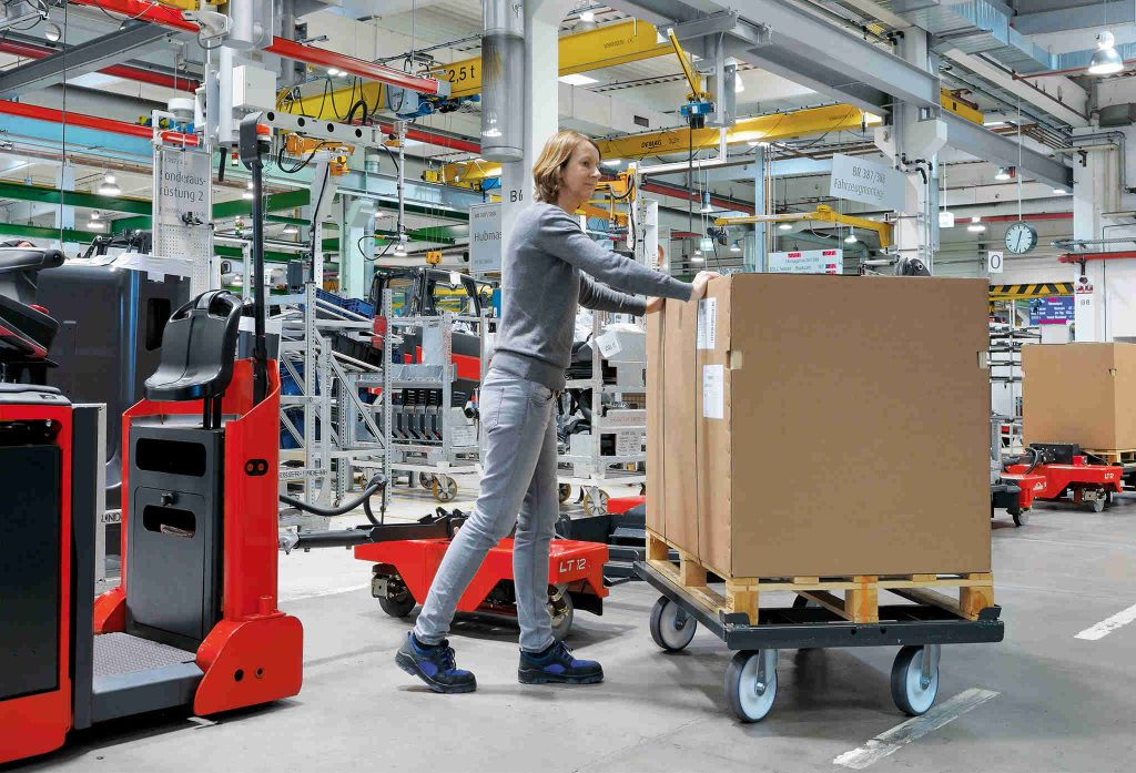 Routen- und Logistikzüge in der Produktion