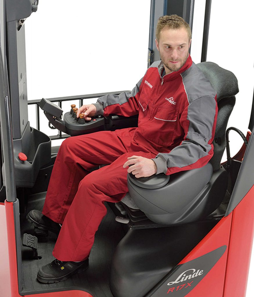 Schubmaststapler Sitzposition X-Range